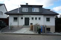 32   2-Fam. Whs, Ricarda-Huch-Str. 3, Ettlingen, Straßenansicht (nach Sanierung und Umbau)