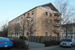 22   MFH Kraichgaustr. 16, Graben-Neudorf, Ansicht 2 (nach der Fassadensanierung), LP 6-8